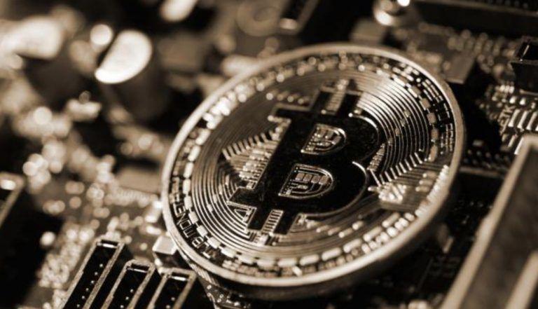 17% от общего количества, выпущенных биткоинов, не перемещались более 7 лет