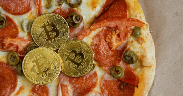 kriptojenuziasty-otmechajut-den-bitkoin-piccy