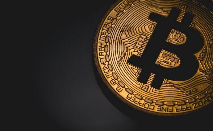 kriptotrejder-murad-mahmudov-bitkoin-budet-stoit-100-tysjach-dollarov